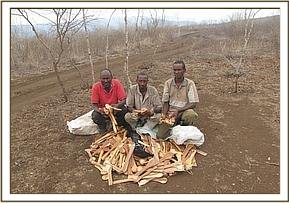 Arrested wood carvers at Kisula