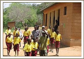 Kone pupils at the park headquarters