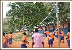 Gimba pupils playing volleyball