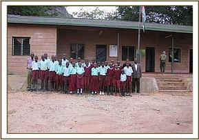 Ngwate primary pupils at the start of their trip