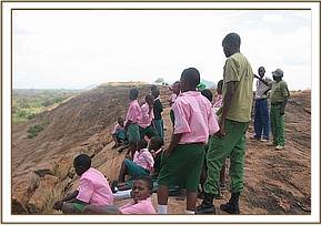 Kalambe pupils visit the Mudanda rock