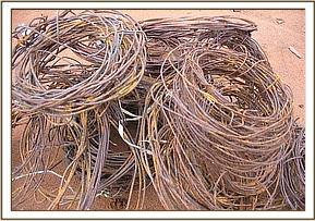 Snares collected by the Mtito de-snaring team