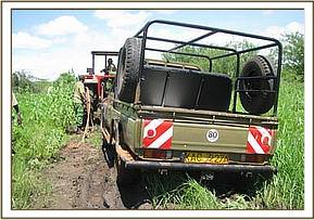 Ithumba vehicle stuck in the mud