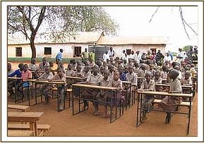 Kavete pupils seated at their new desks