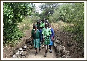 Kitheini primary students at Mzima springs