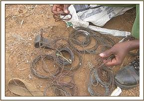 Snares recovered from poachers
