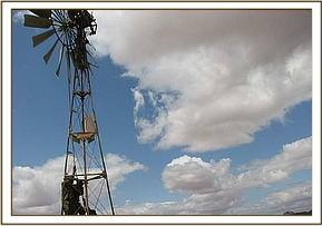 Repairing the Ndara windpump