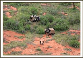 Galla wird gerettet, nachdem er allein im Busch gefunden wurde