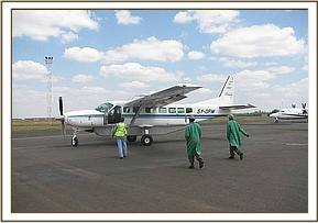 The keepers leaving Nairobi to rescue the orphan